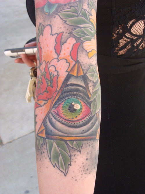 pyramid eye tattoo